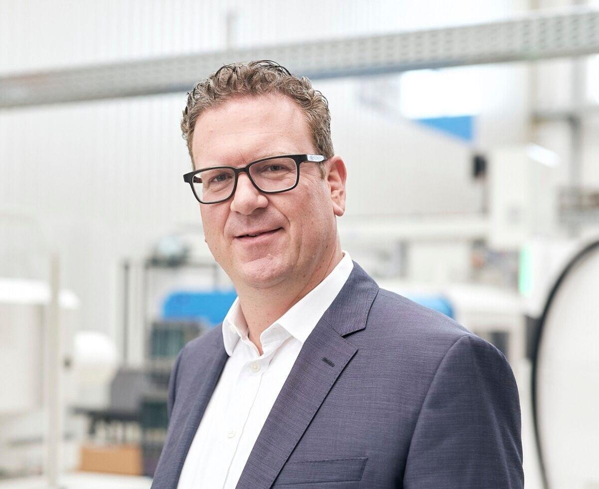 Dr. Volker Nilles,
