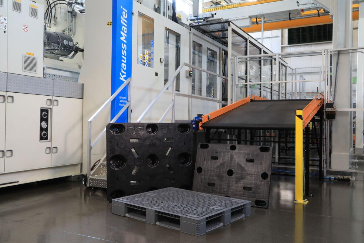 Breites Produktportfolio großer Logistikverpackungen: